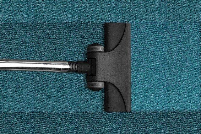 Realizzazione di accessori per l'aspirapolvere: la scelta dei materiali